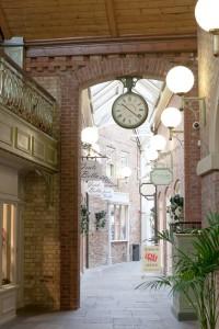 Newark-Butter-Market-clock