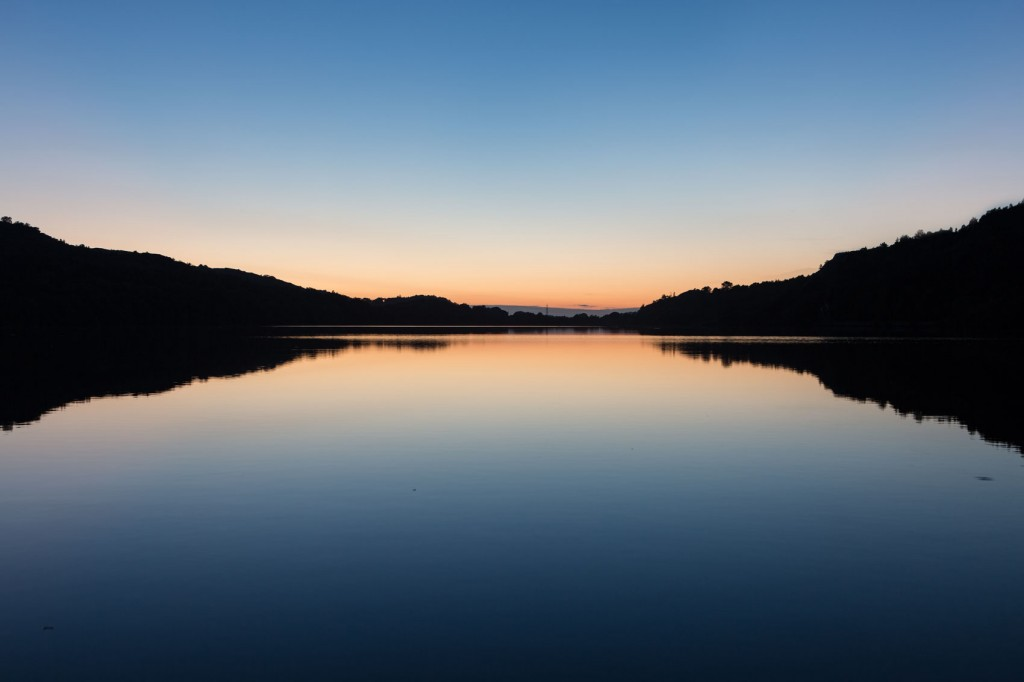 Llyn Padarn sunset with reflection