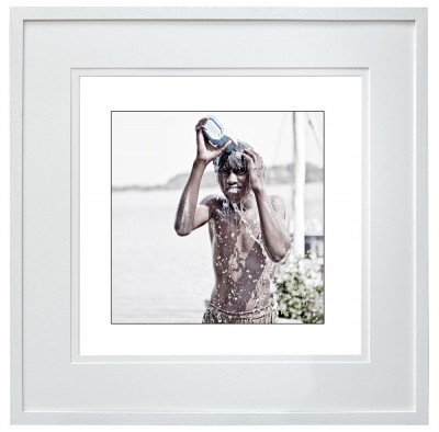 Harbour Worker washing Cortalim India black frame