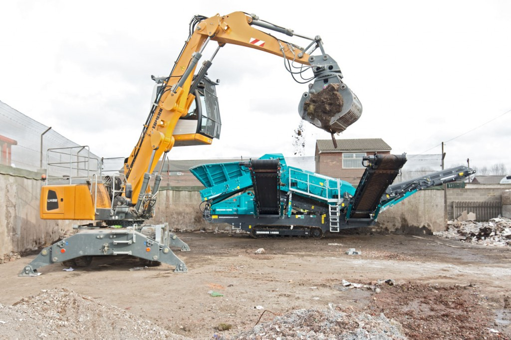 grab crane with hydrolic cab