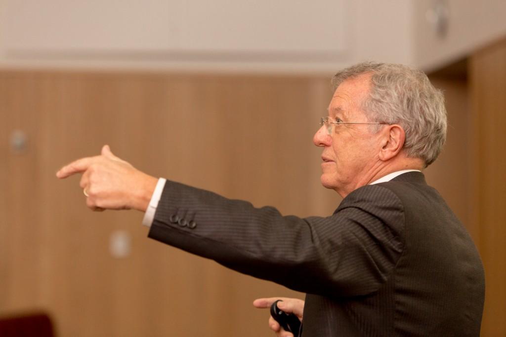 Sir David King speaking at the University of Nottingham