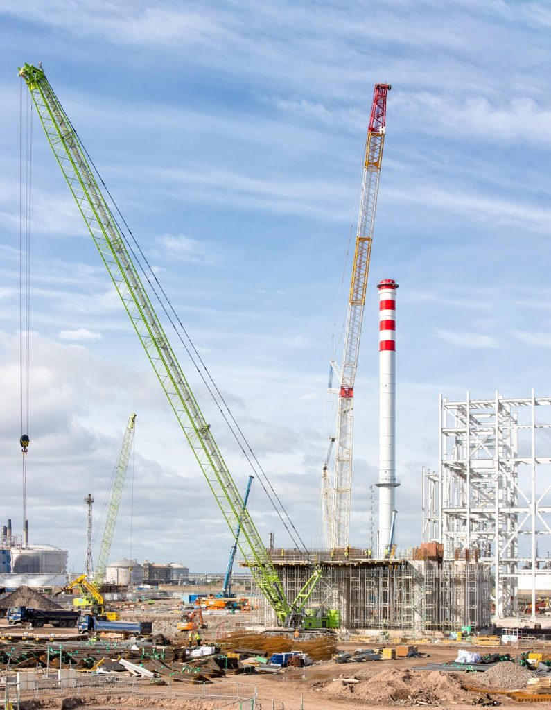 Cranes, stack and generator platfrom
