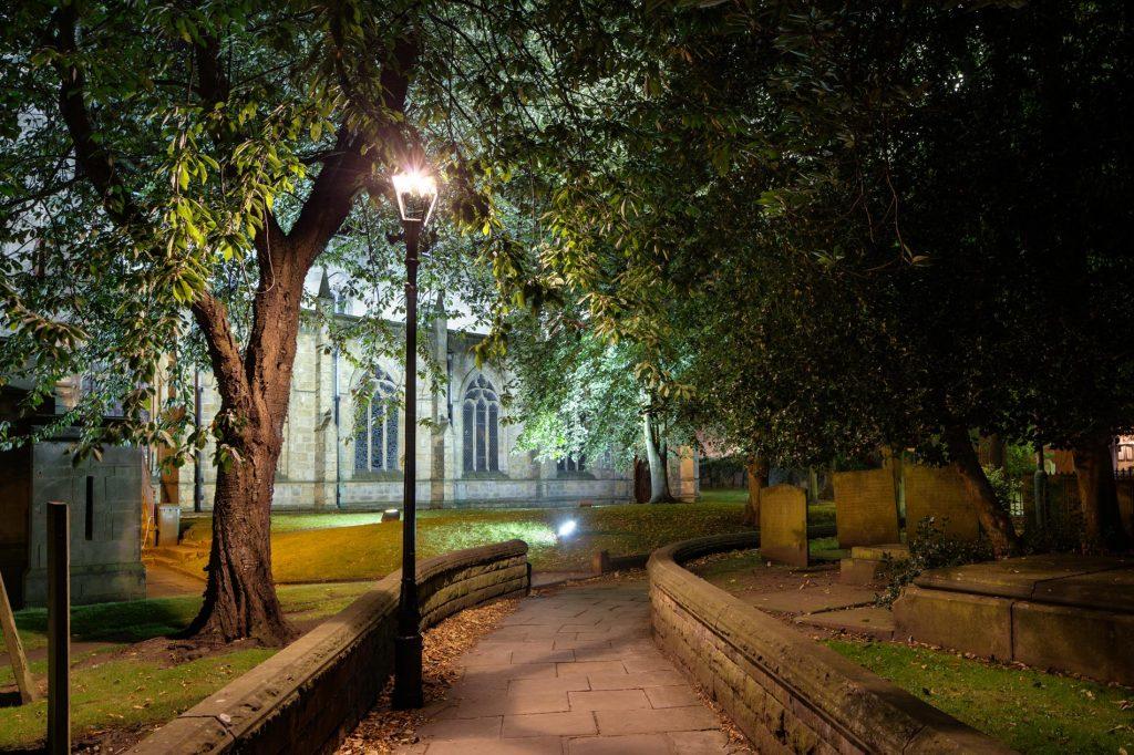 Saint Mary and All Saints church path, Chesterfield