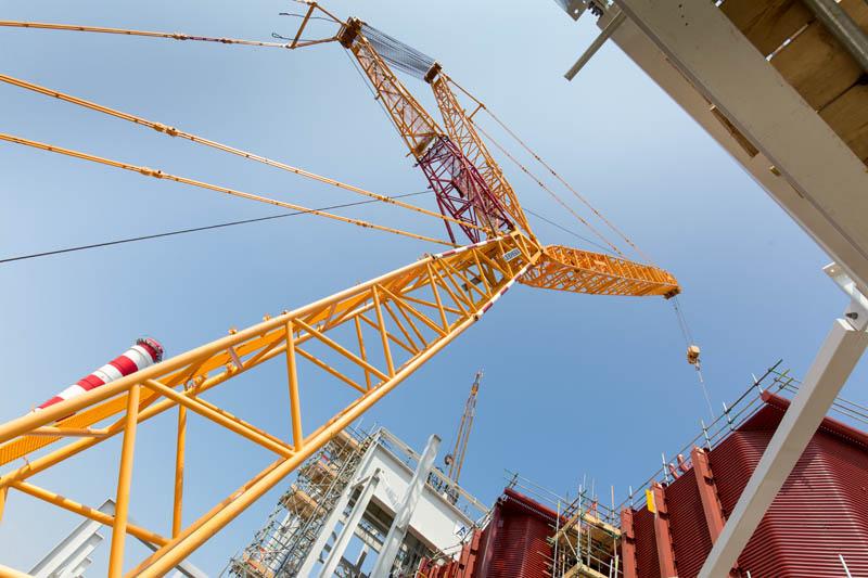 Sarens large crane