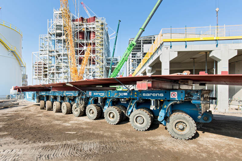 Sarens SPMT with load