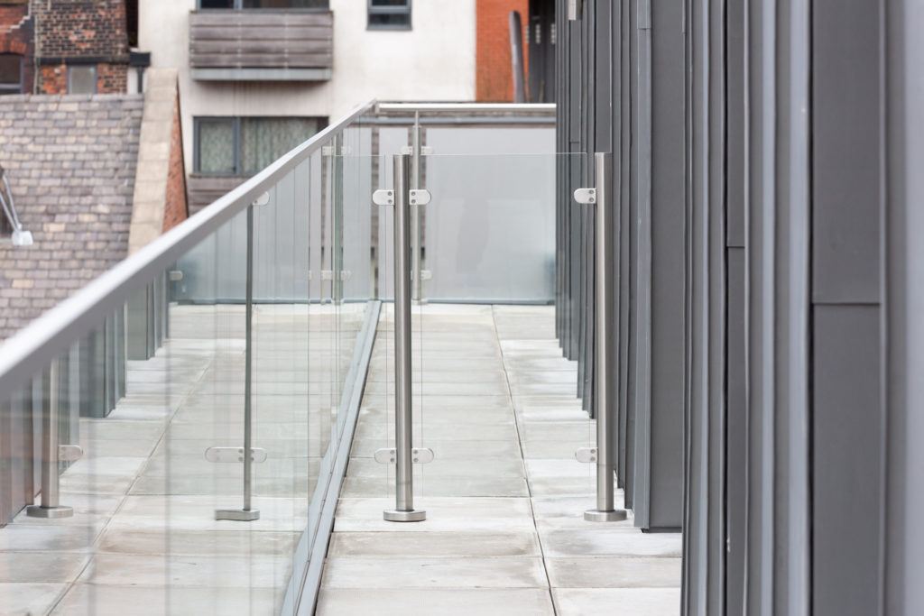 Balustrade system for the construction industry