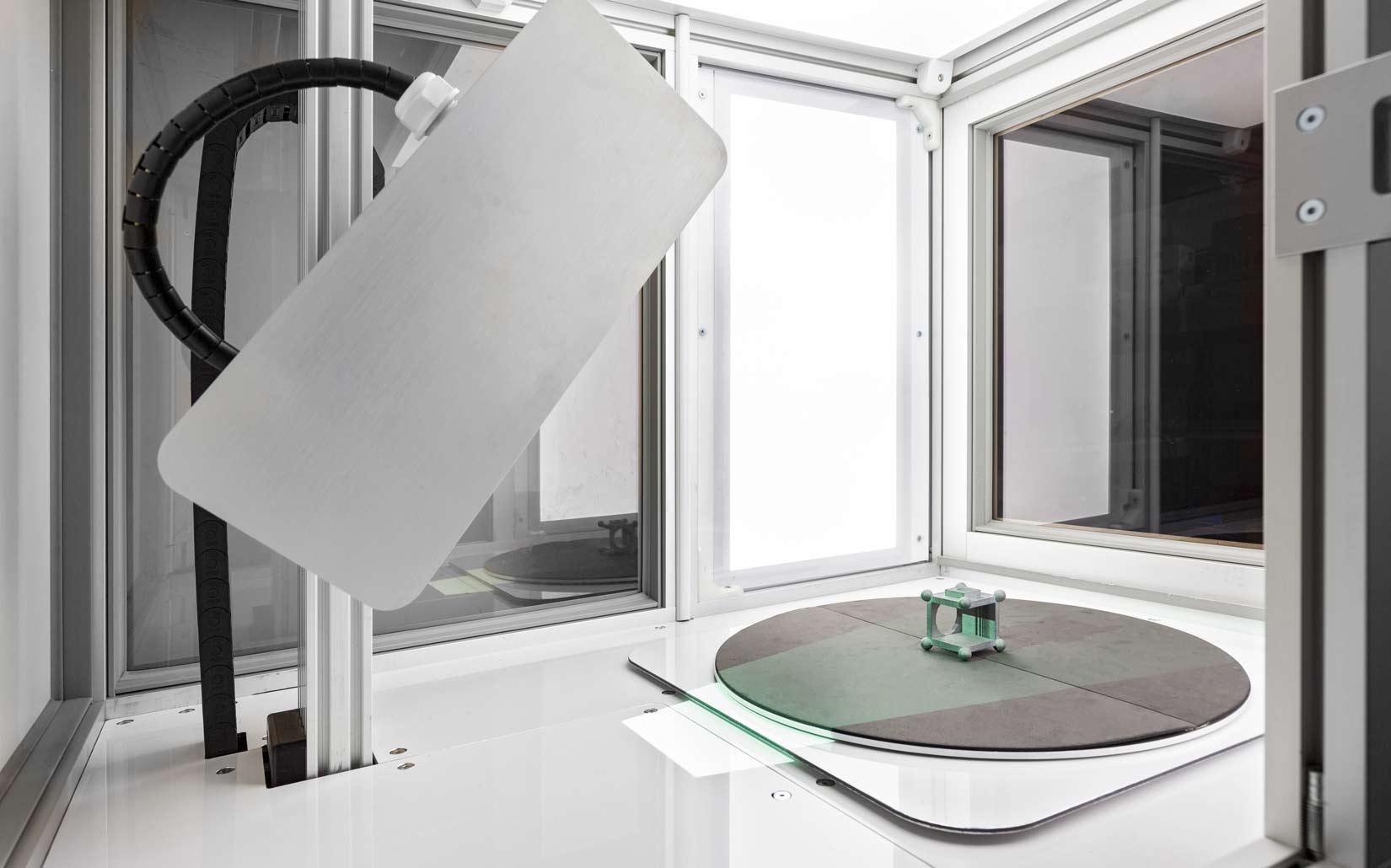 Industrial-Machine-Photography-object-scanning-by-industrial-phtoographer-Matthew-Jones