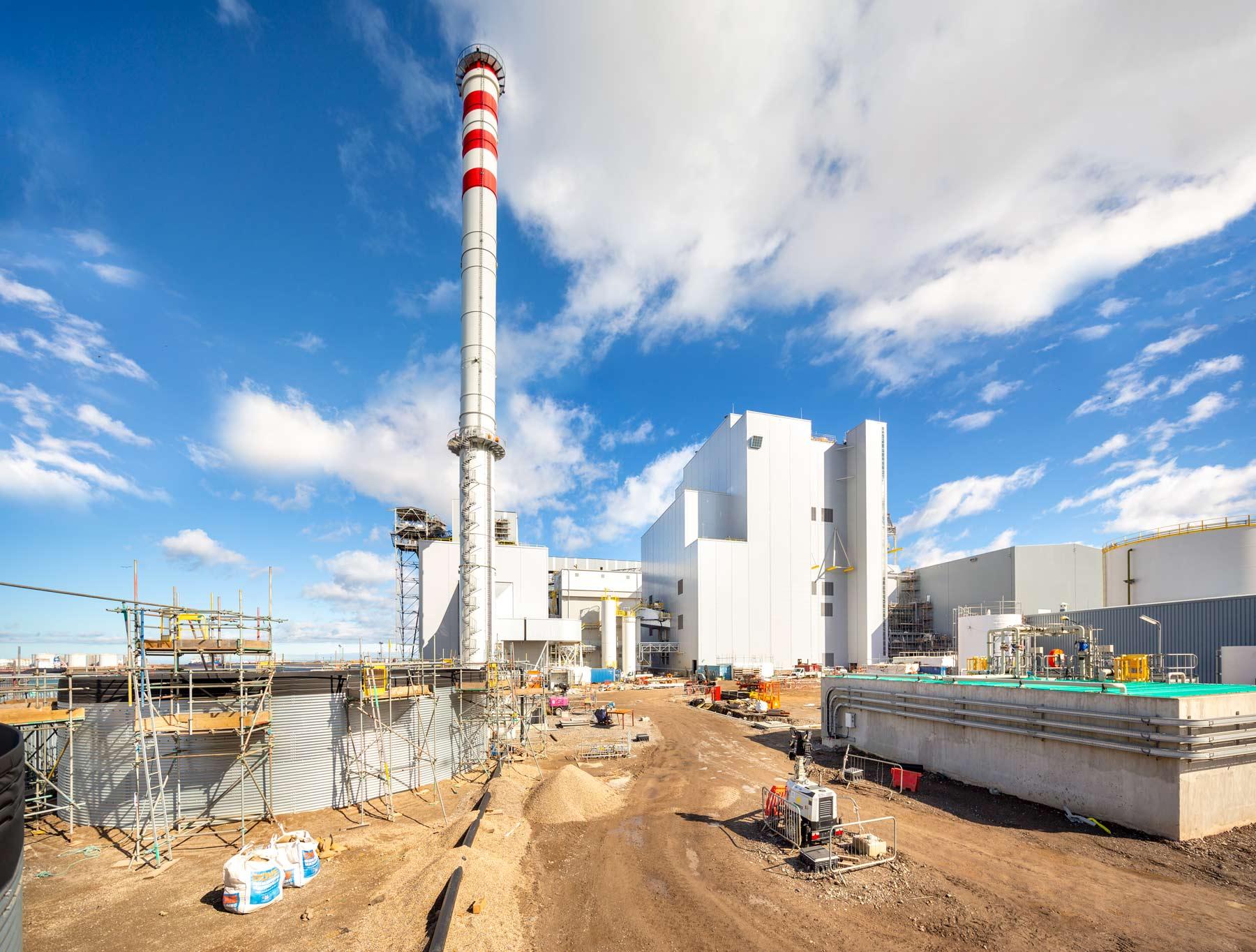 Industrial-photographer-Matthew-Jones-power-plant