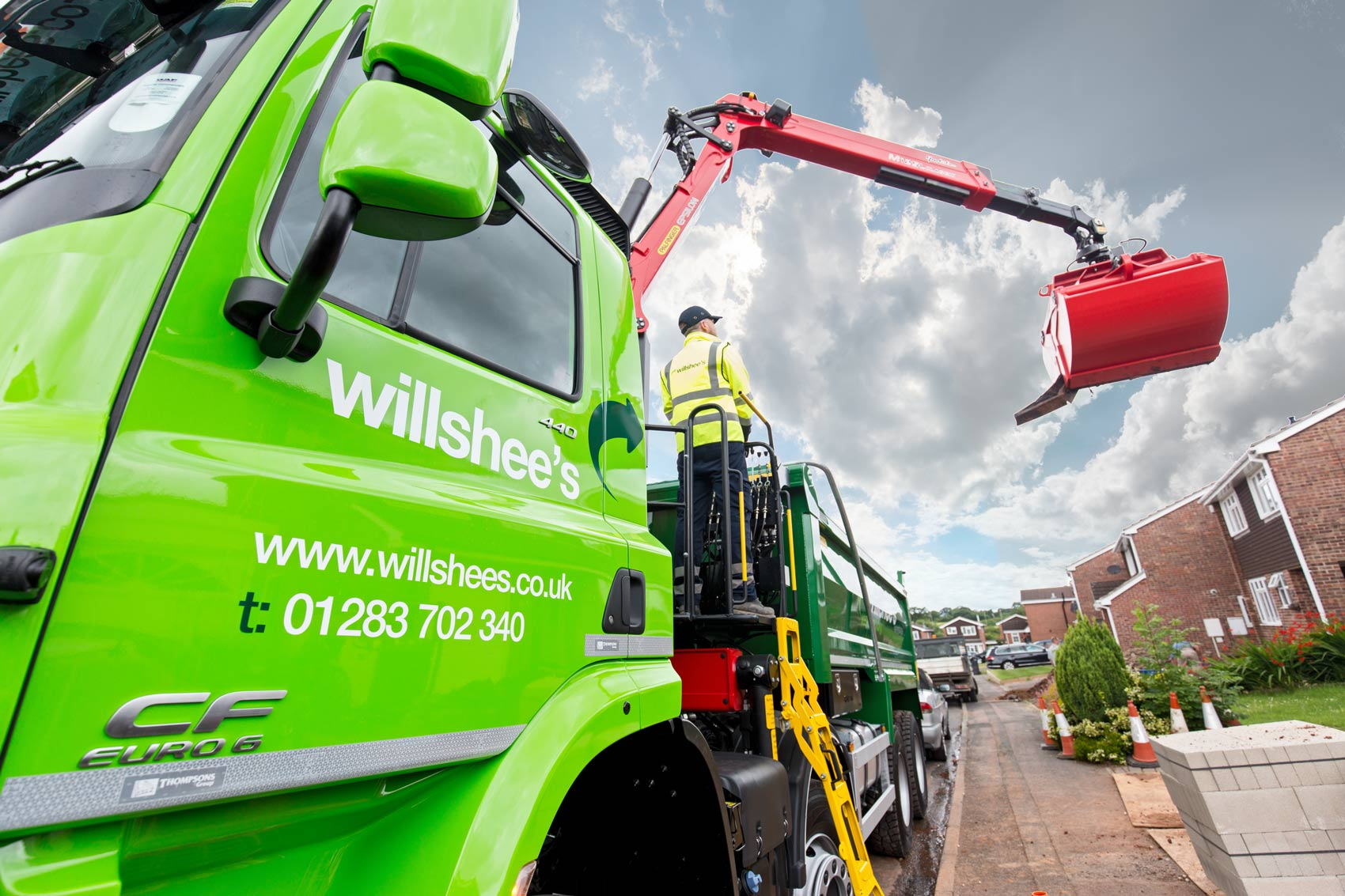Willshees-waste-managment-grab-lorry